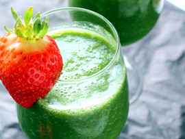 7 Ingredient Green Smoothies are the BEST!