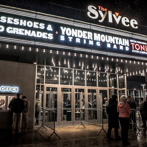 Yonder Mountain String Band 03.09.19