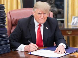 Trump Pardons Wrongdoers, Not Whistleblowers