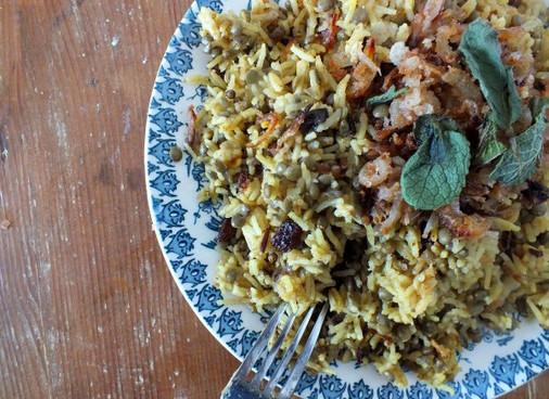 Recipe - Lebanese Rice & Lentils (Mejadra) with Crispy Onions & Garlic Yoghurt