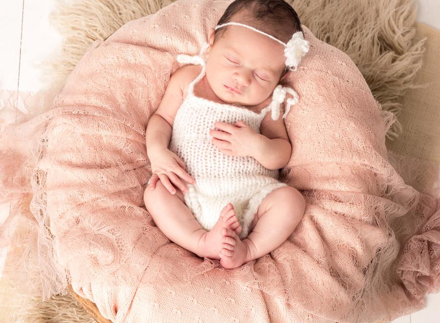 newborn06.jpg
