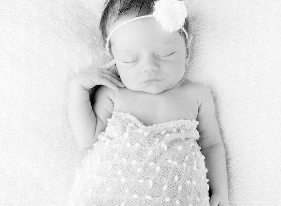 newborn08.jpg