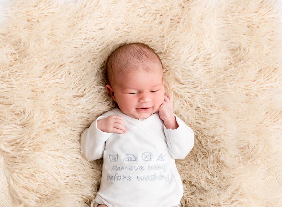 newborn13.jpg