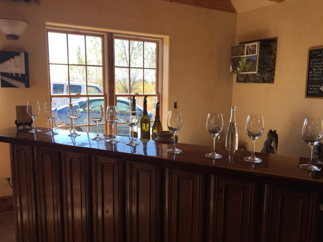 The tasting room - Stone Cottage Winery