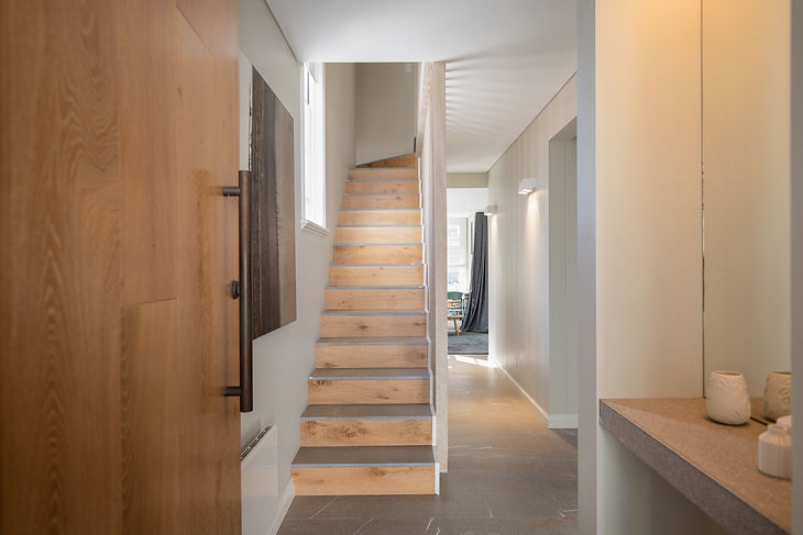 Stairs front on.jpg