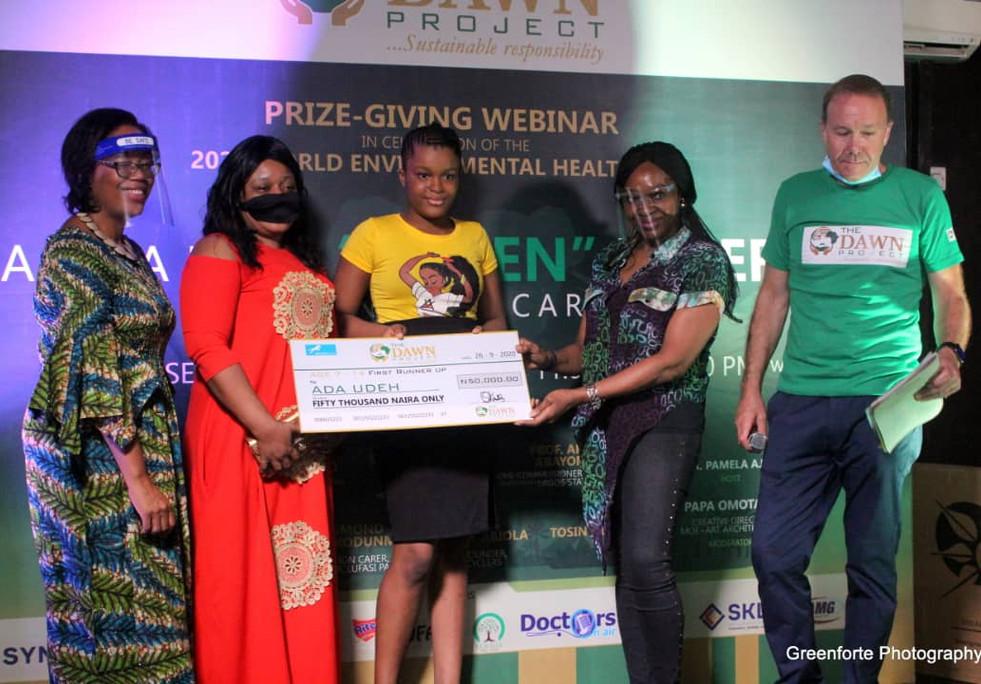 L-R: Dr. Pamela Ajayi (Collaborator), Mrs. Udeh(Mother), Ada Udeh (Winner), Ada Udeh (Winner), Mrs. Angela Emuwa (Collaborator), Mr. Stanley Evans (Collaborator)