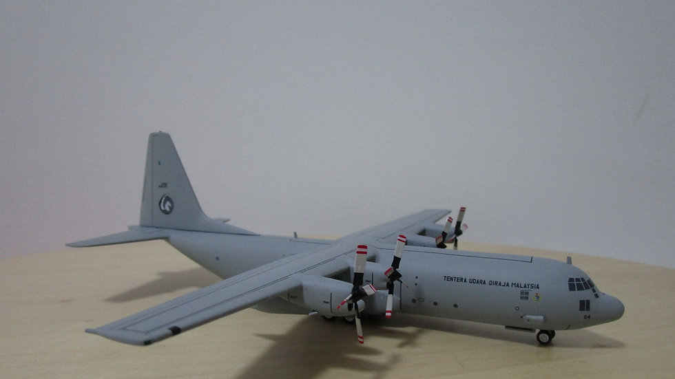 1:200 C-130H-30 Malaysia Air Force M30-04