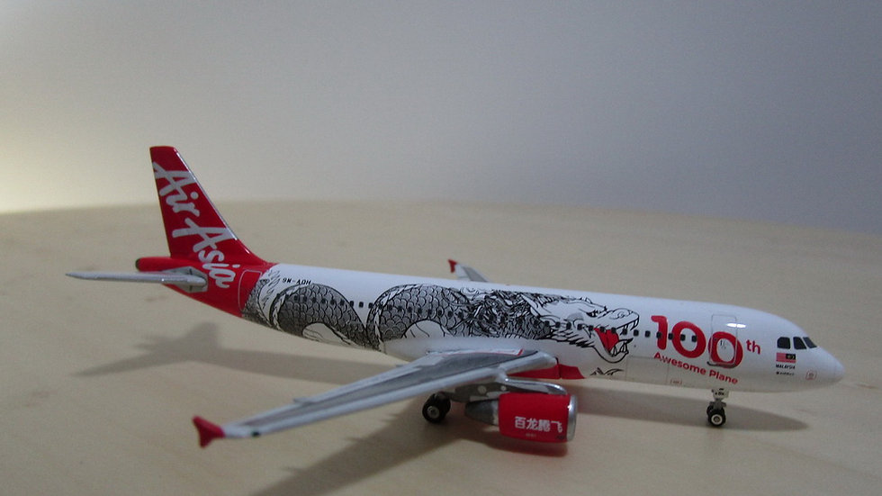 1:400 A320-216 Air Asia Dragon Malaysia 100 Awesome Plane 9M-AQH