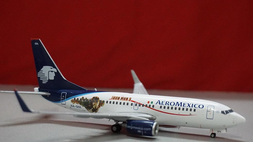 1:200 B737-700W Aeromexico Iron Man 3 XZ-ZOL