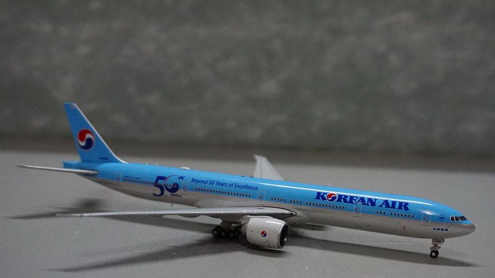 1:400 B777-300ERKorean Air 'Beyond 50 Years of Excellence' HL8008