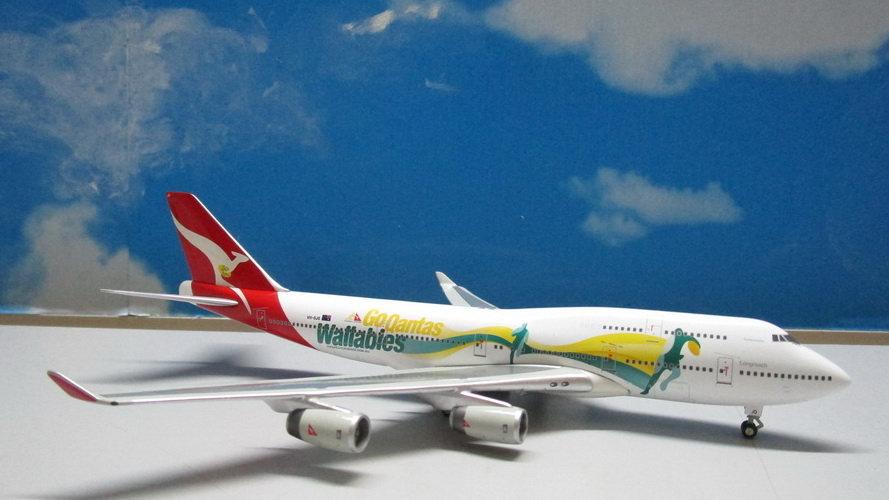 1:400 B747-400 Qantas New Livery 'Go Wallabies' VH-OJO