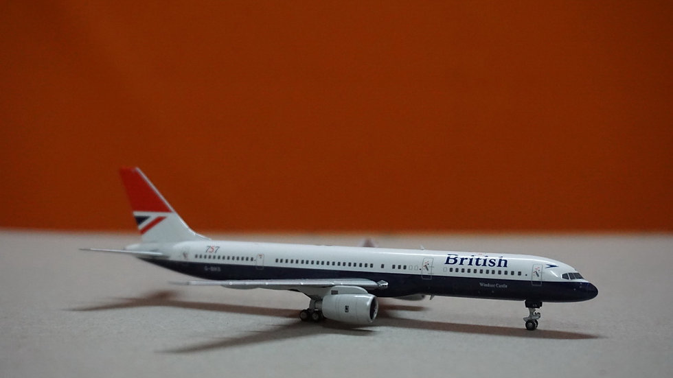 1:400 B757-200 British Airways 'Negus Livery 1st B757 delivered to BA' G-BIKB