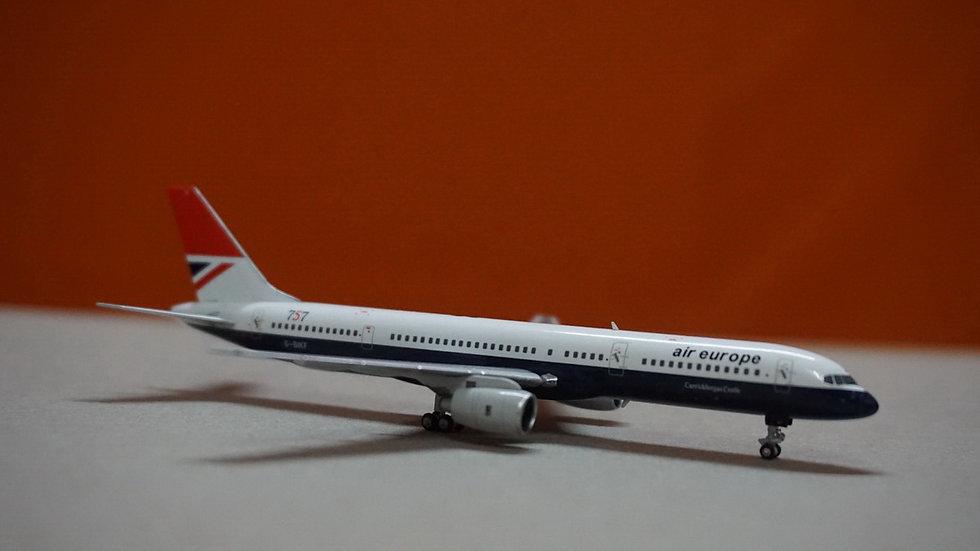 1:400 B757-200 Air Europe 'Negus Livery' G-BIKF