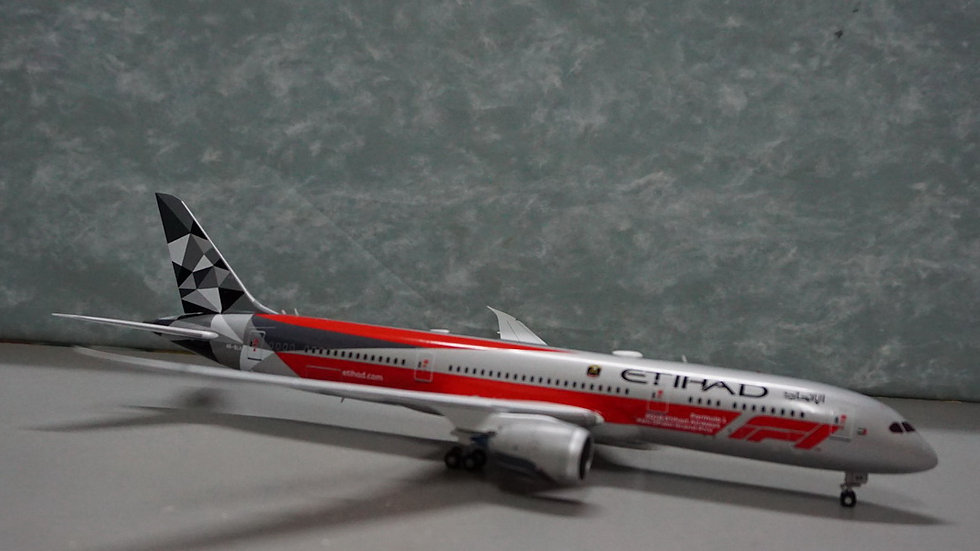 1:200 B787-10 Etihad Airways Formula One Livery A6-BLV