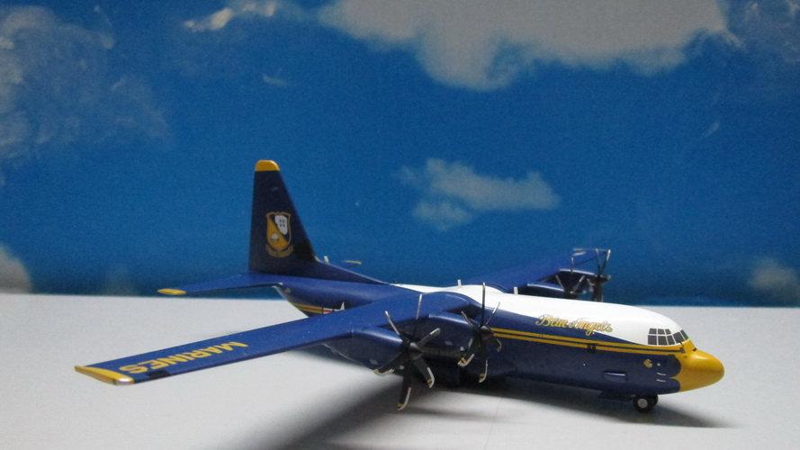 1:200 C-130J US Marine Blue Angels 'Fat Albert' 170000