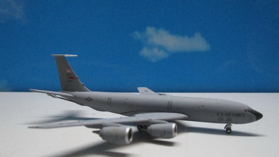 1:400 KC-135 Stratotanker USAF 'MARCH AFB' 80052