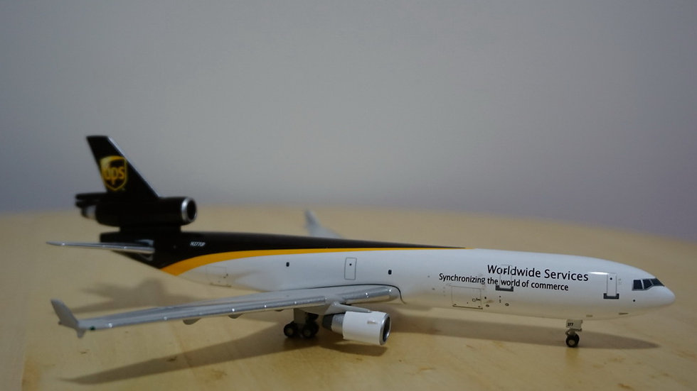 1:400 MD-11F UPS Worldwide Services N277UP