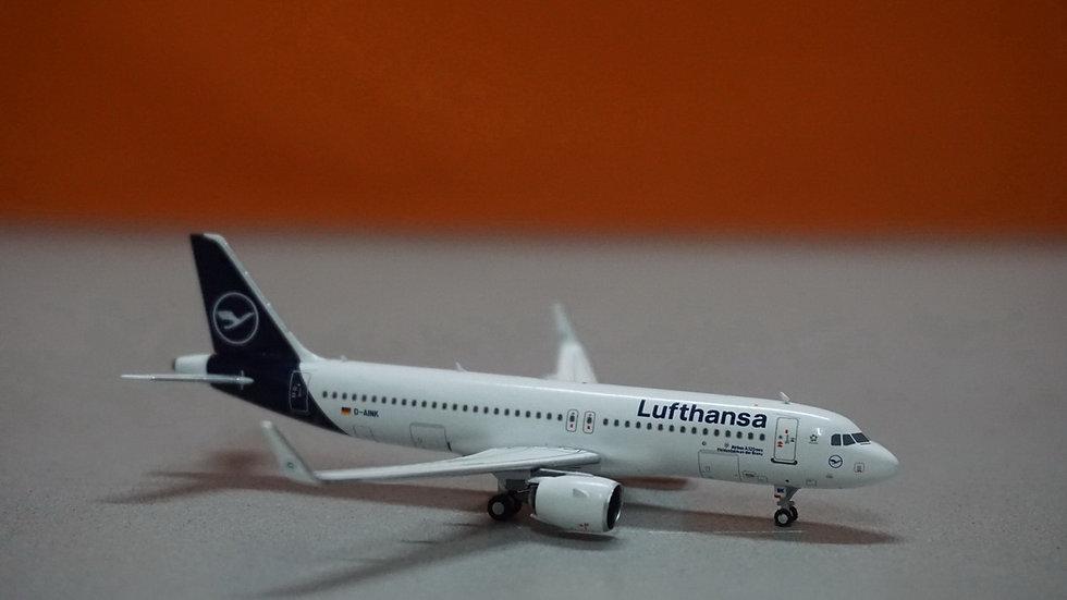 1:400 A320NEO Lufthansa 'Heidenheim an der Brenz' 1st NEO NL D-AINK