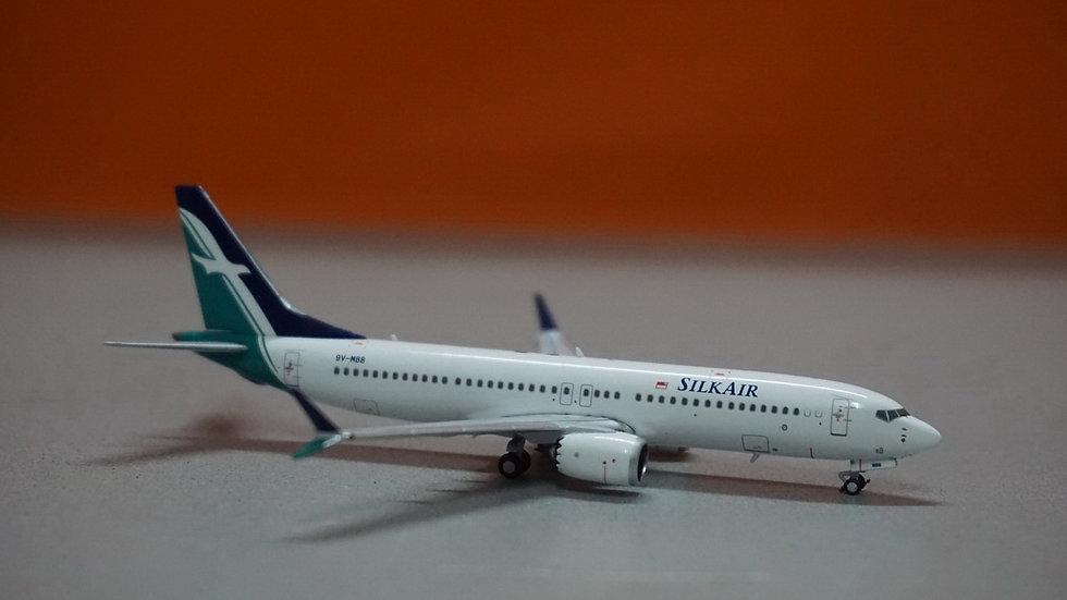 1:400 B737 MAX8 Silk Air 9V-MBB