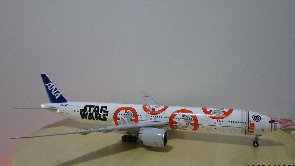 1:200 B777-300ER ANA Jet Star Wars BB-8 JA789A