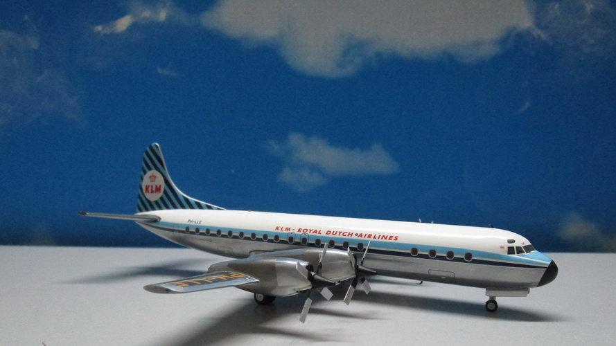 1:200 L-188 Electra KLM Saturnus 100 Years PH-LLE