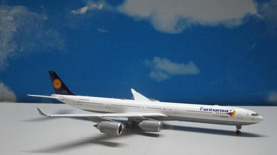 1:400 A340-600 Lufthansa Fanhansa D-AIHQ