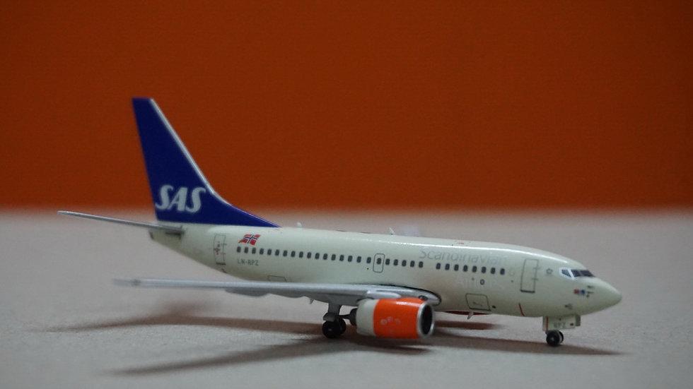 1:400 B737-600 SAS Scandinavian Airlines 'Bera Viking' LN-RPZ