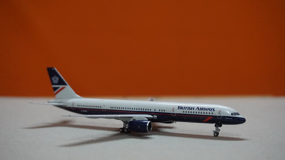 1:400 B757-200 British Airways '1st B757 delivery in Landor Livery' G-BIKN