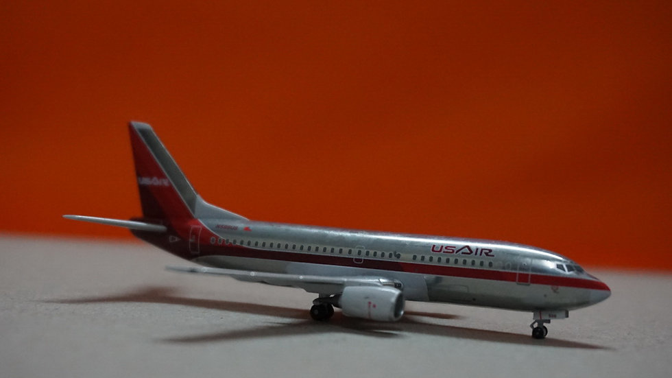 1:400 B737-300 US Airways Old Color Polished N588US