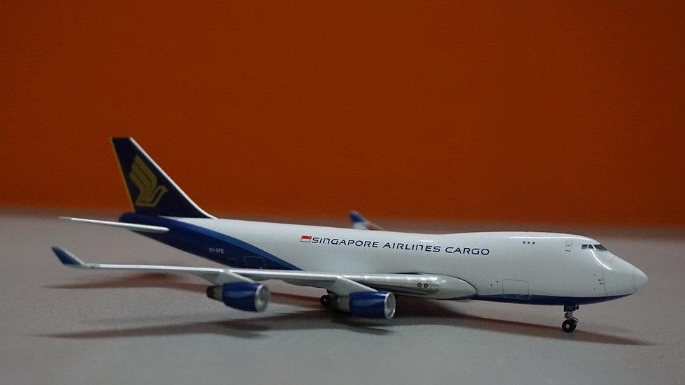 1:400 B747-412F Singapore Airlines Cargo 9V-SFE