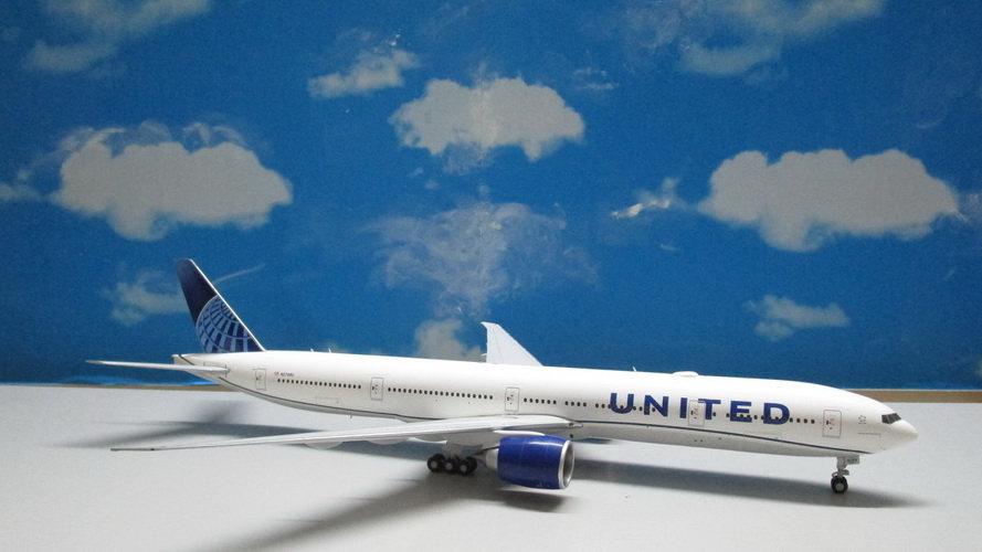 1:200 B777-300ER United Airlines New Livery N2749U