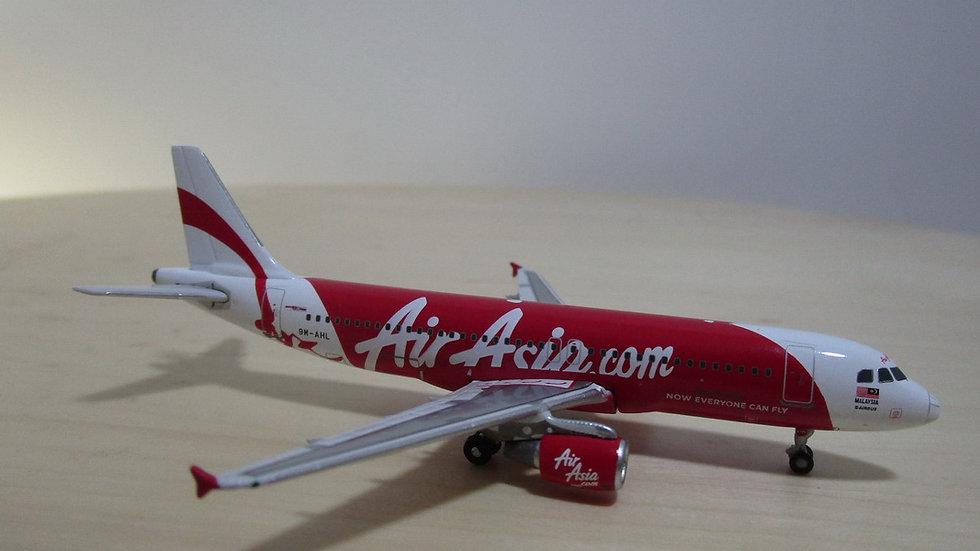 1:400 A320-216 Air Asia Malaysia 9M-AHL