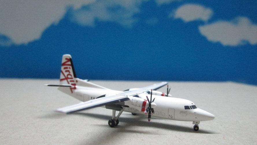 1:400 Fokker 50 Virgin Australia VH-FNA