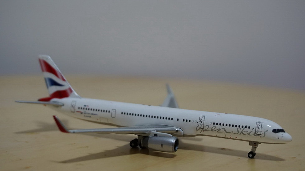 1:400 B757-200W British Airways Open Skies G-BPEK