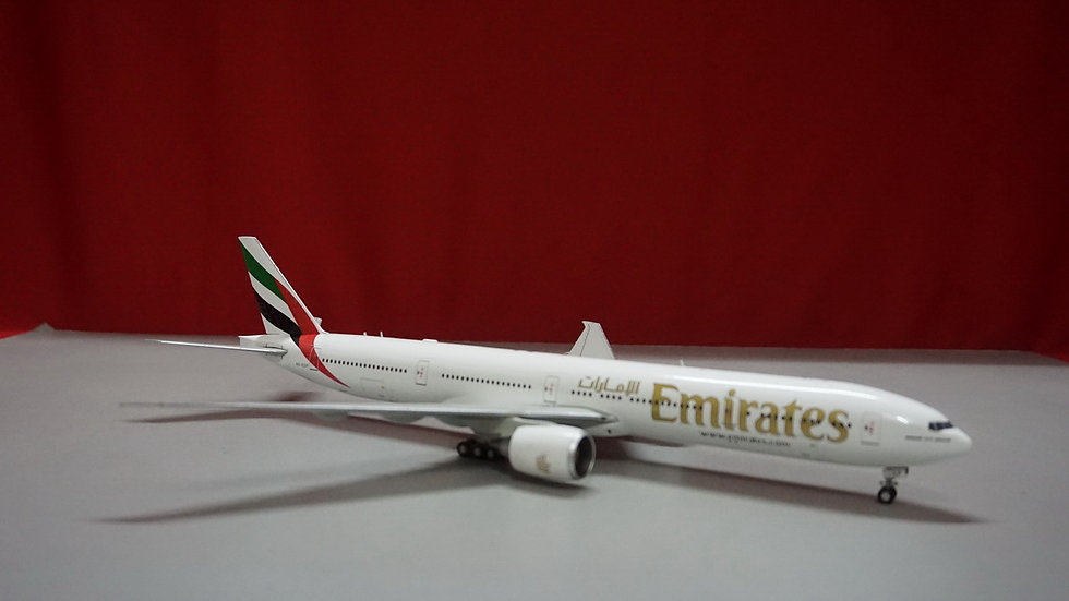 1:200 B777-300ER	Emirates Airlines A6-EGP