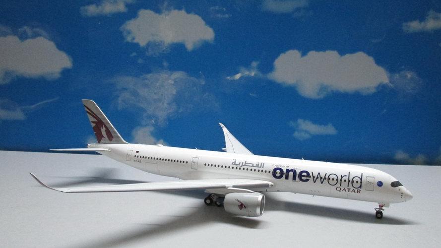 1:200 A350-941AWB Qatar Airways One World A7-ALZ