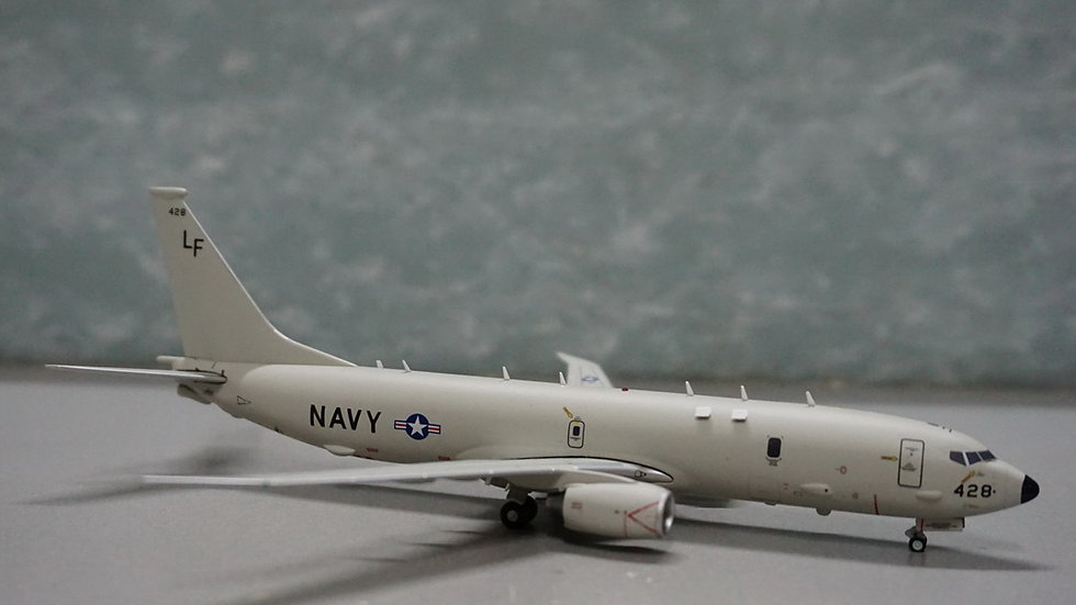 1:200 Boeing P-8 Posiden (B737-8FV) U.S. NavyLF 428 #168428
