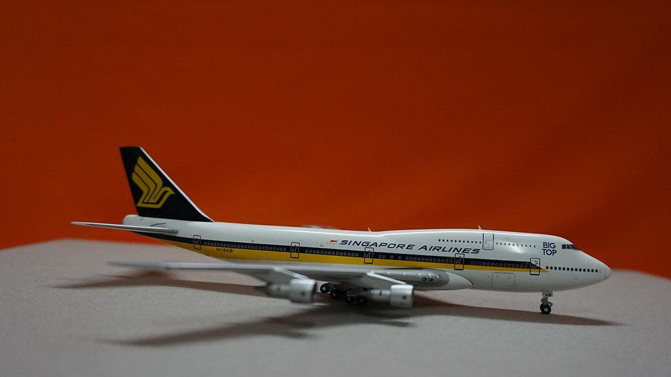 1:400 B747-300 Singapore Airlines Big Top N116KB