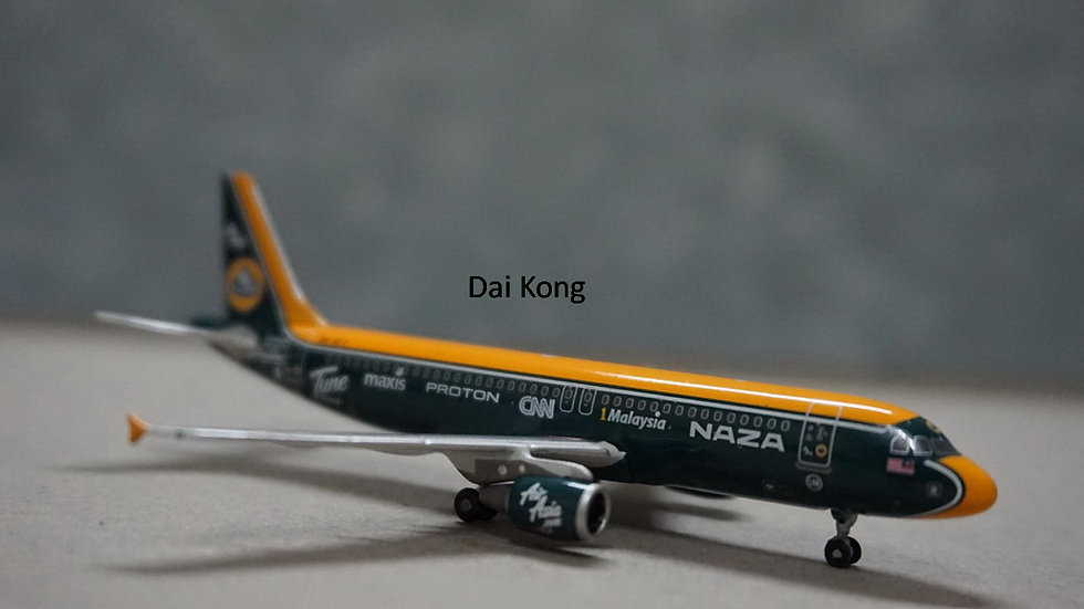 1:400 A320-200 Air Asia Naza Lotus F1 9M-AFY