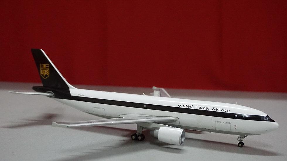 1:200 A300F4-622R UPS OC N131UP