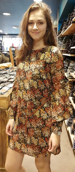 Robe Molly Bracken 65€