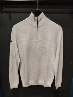 pull 1/4 zip gris 89 EUR