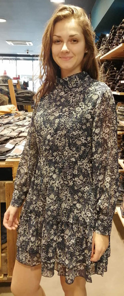 Robe Molly Bracken 69€