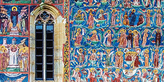 Manastirea Moldovita 3.jpg