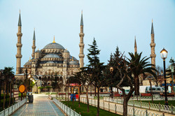 Sultan Ahmed Mosque (blue Mosque) In Istanbul.jpg