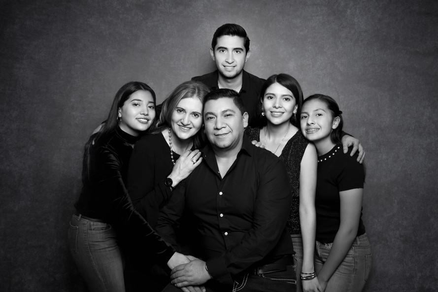 FAMILY PORTRAITS (9) 16x20.jpg