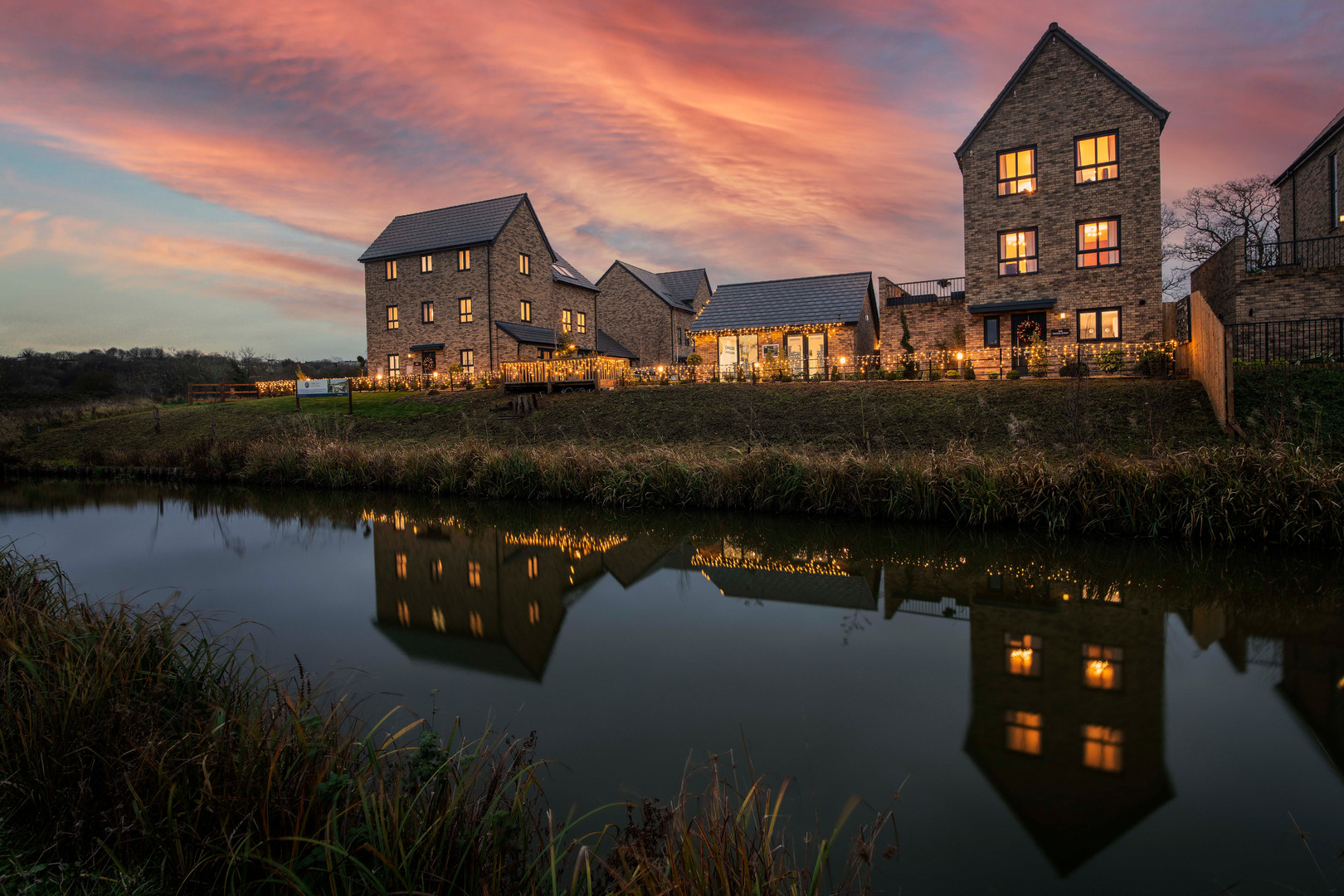 Evening picture of a housing development