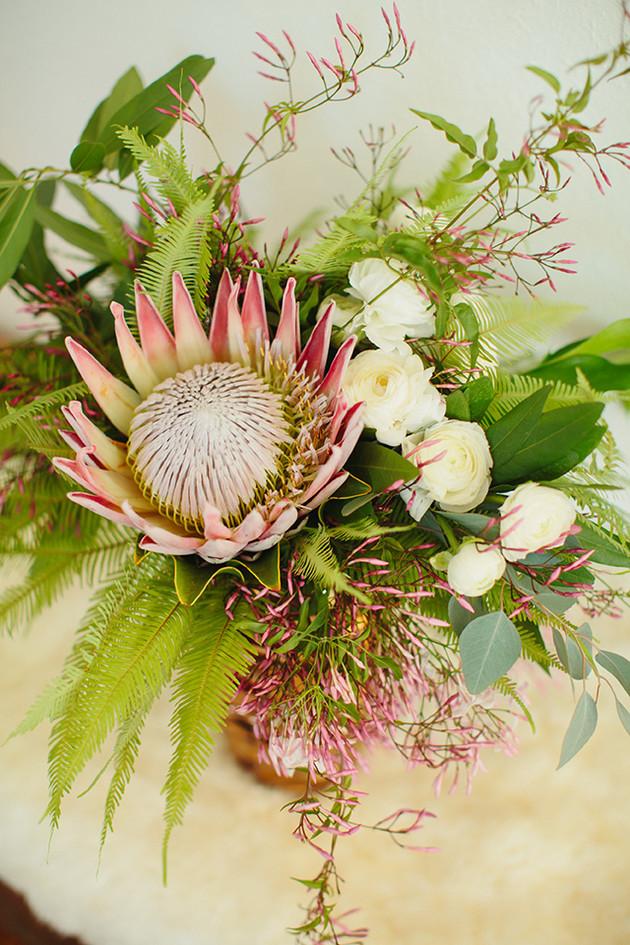 artistic-floral-arrangements-dallas.jpg