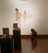 Layla in gallery at SDCCC 210525.jpg