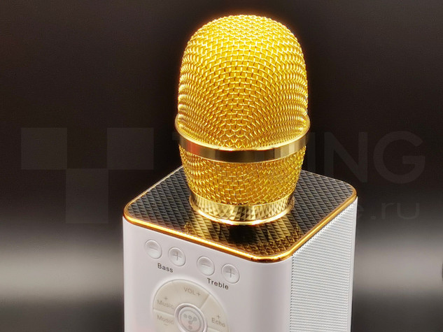 вид сверху на микрофон